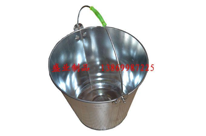 铁皮手工制作水桶视频